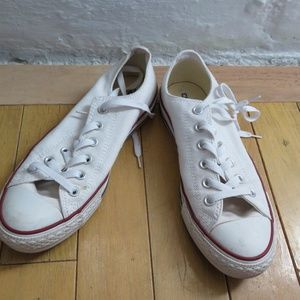 White Chuck Taylor Low-Top Converse